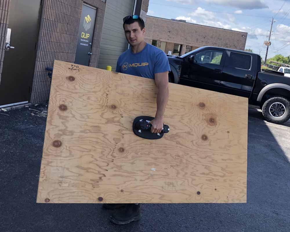 Grabo for drywall-wood